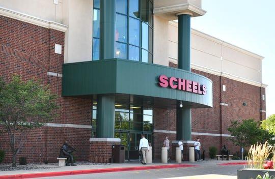 A photo of a Scheels location in St. Cloud, Minnesota.