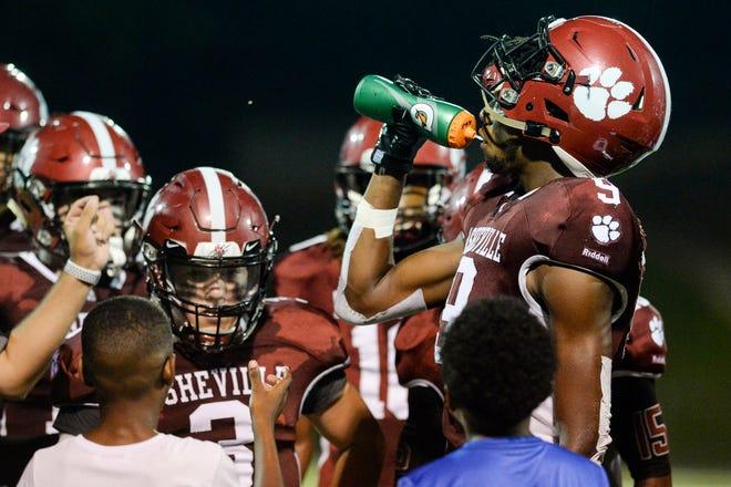 Hendersonville outlasted Asheville High 47-40 on Sept. 6