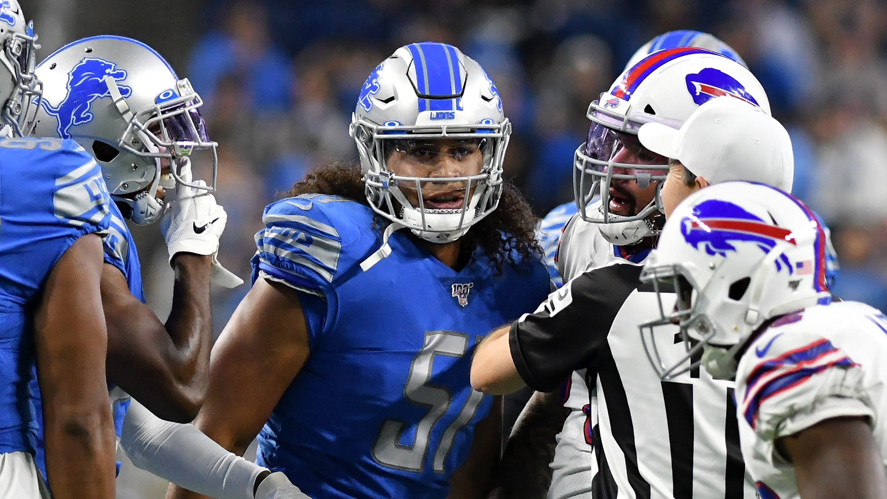 new styles 5c432 d2255 Man in the middle: Jarrad Davis' setback lays path for Lions ...