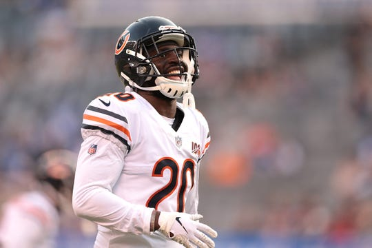 Aug 16, 2019; East Rutherford, NJ, USA; Chicago Bears cornerback Prince Amukamara (20) warms up before his game against the New York Giants at MetLife Stadium.