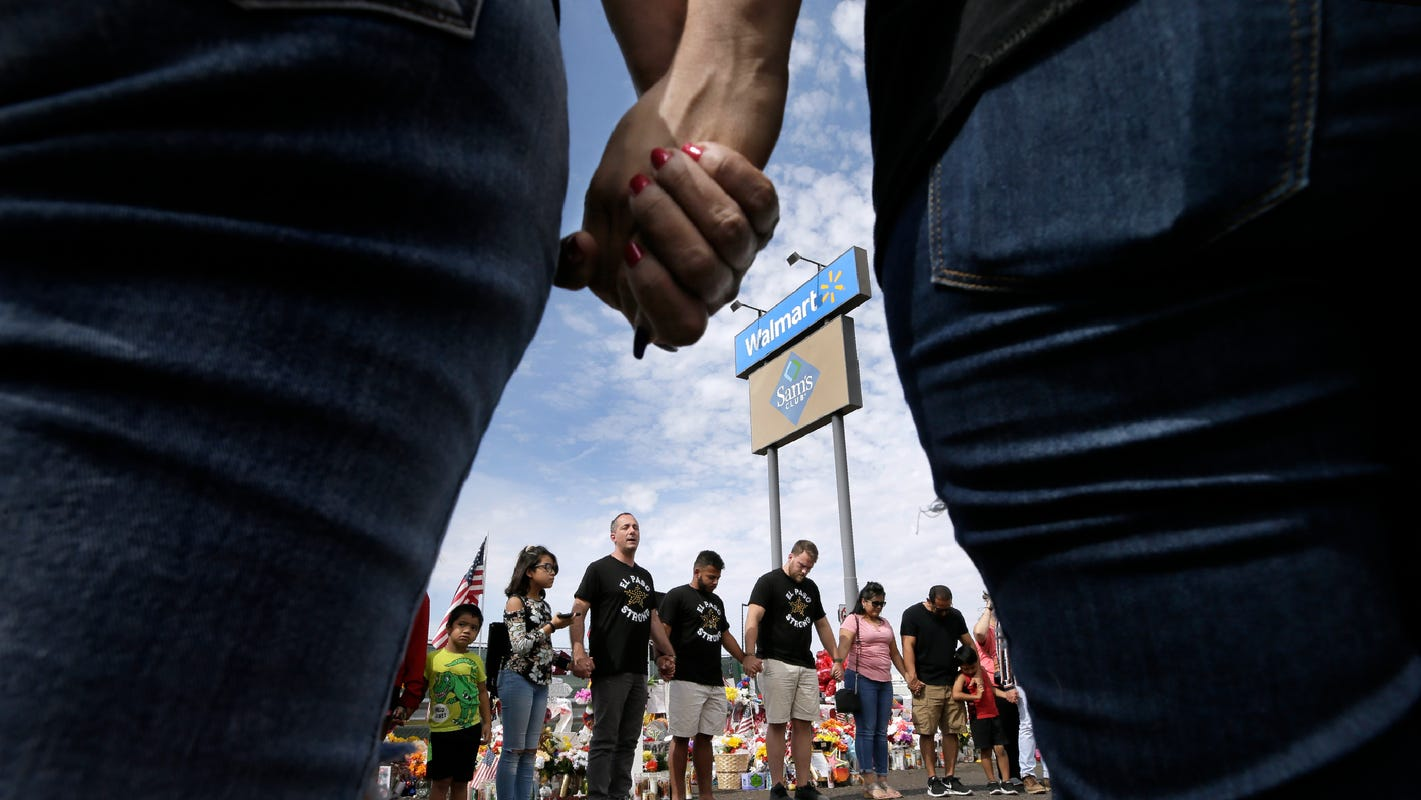 Connecticut pastor drives to El Paso to tell residents Love Goes Farther than hate