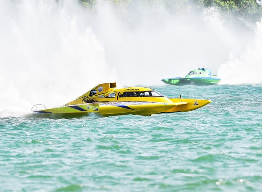 Ken Lupton, in his yellow GP-577 Miss New Zealand 2 boat, was penalized for jumping the gun and lane infraction for a double disqualification that led to him finishing in fourth place, while Bert Henderson, in green boat, finished third and won the race by default.
