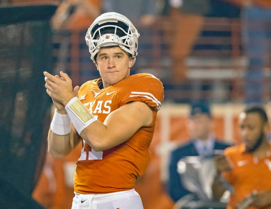 Texas Longhorns quarterback Sam Ehlinger