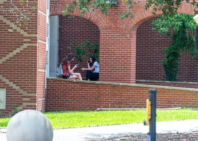 Students return to campus at The University of Louisiana for the first day of Fall Semester.  Monday, Aug. 26, 2019.