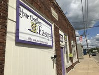 Clash with city over signs has Eaton Rapids' pottery studio owners weighing leaving town