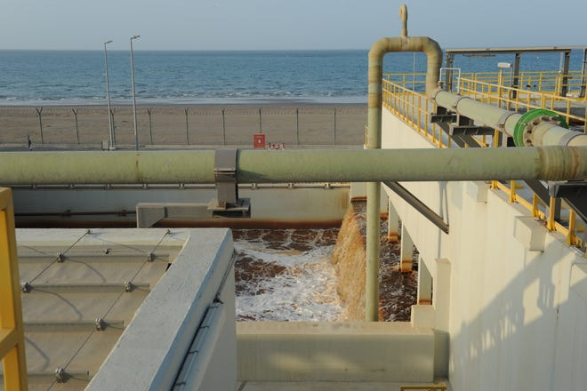 In the process of producing potable water, Oman's Barka 4 desalination plant also generates highly salty brine.