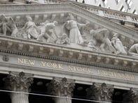 US stocks climb amid signs of a thaw in US-China trade war