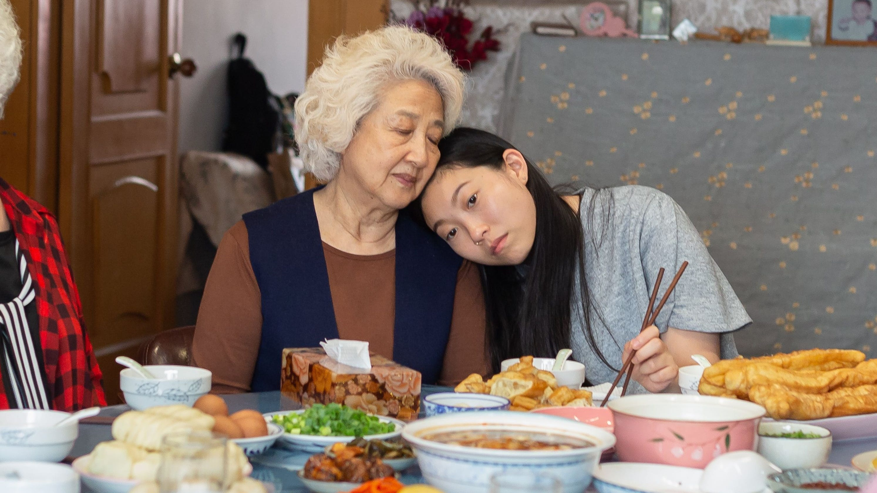 Would you lie to your loved one about dying? Awkwafina's 'The Farewell' raises complex questions