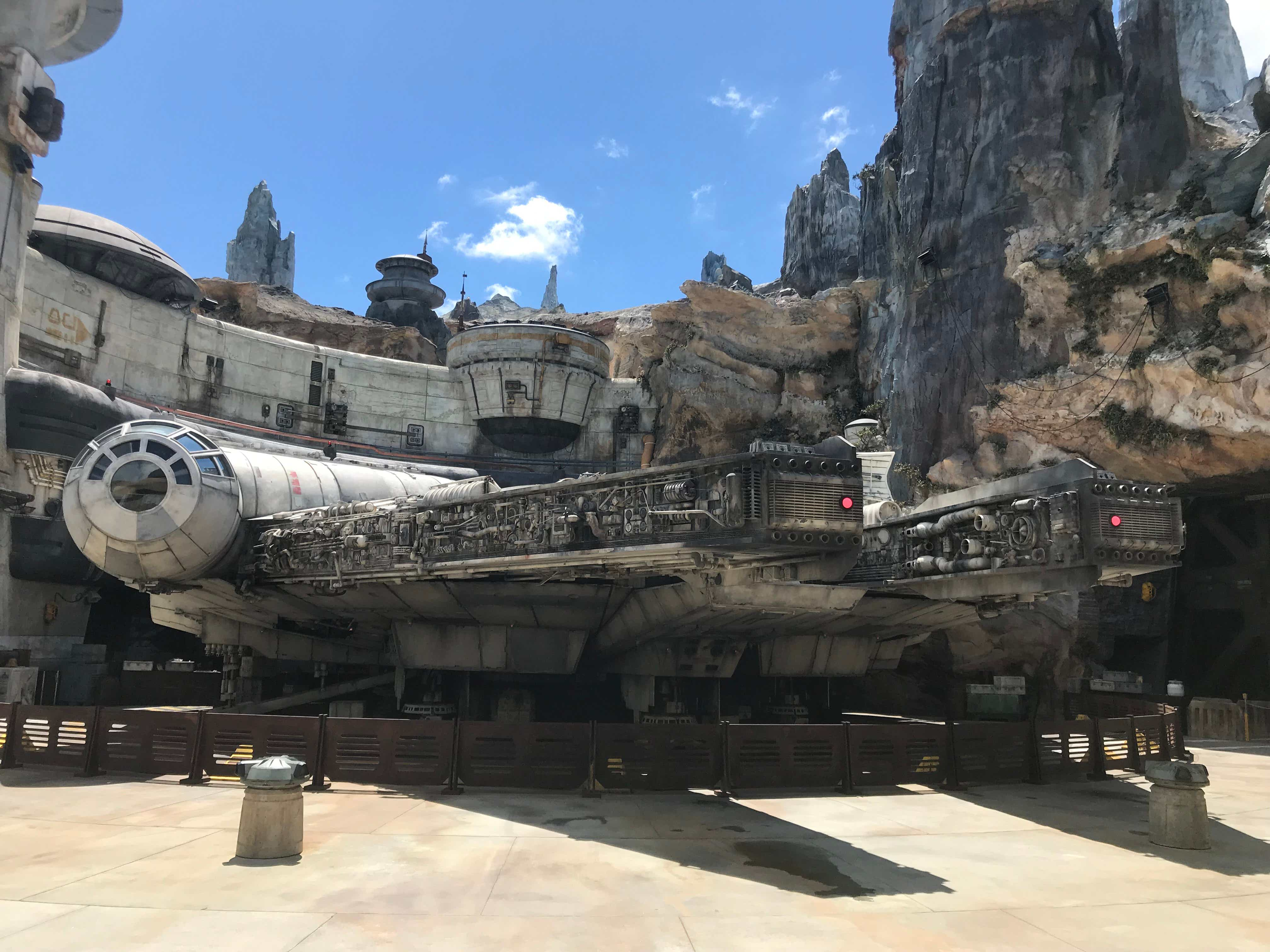 Video: Inside the new Star Wars: Galaxy's Edge attraction