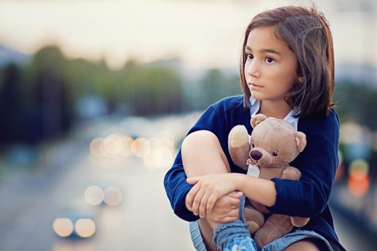 Speak honestly with kids about death, recommends psychologist.