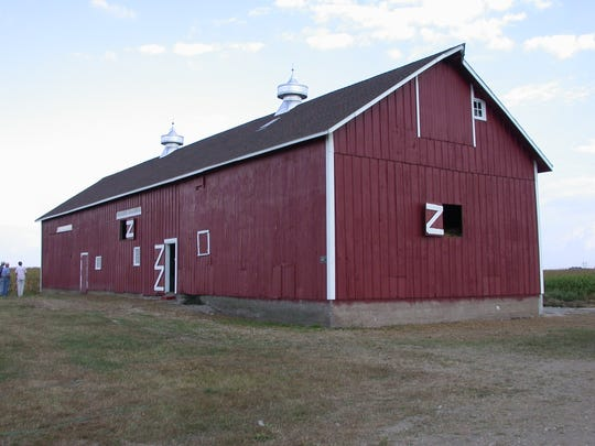 Younker Family Heritage Farm barn, 25734 Hwy 57, Parkersburg (Butler County): This large (112x30) barn has been in the same family since the barn was built in the late 1800s. Inside the barn is a 16x24 wooden silo that was manufactured by the Indiana Silo company and was built around 1909. This landmark barn was recently restored by Eleanor Tostlebe Peterson and family.