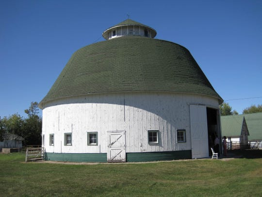 Dobbin Round barn, 2551 Brown Avenue, State Center (Marshall County): The 1917 barn was a pre-cut structure designed and made to order by Gordon Van Tine, of Davenport, for $6,000. Carpenters Ike Ingersol and Amos Thompson assembled the numbered pieces into the 65-foot diameter barn with silo in the middle.