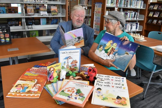 Illustrators Jodie and Grant McCallum will provide tips for writers and picture book illustrators at the Marblehead Peninsula Branch Library. The man and wife team have illustrated over 70 picture books.