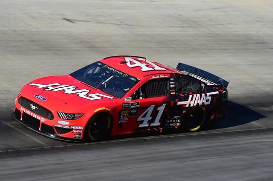 Este es el auto 41 del Stewart-Haas Racing piloteado por Suárez.