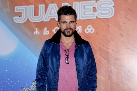 Juanes alza la voz por el proceder de los políticos ante los problemas que aquejan a la humanidad.