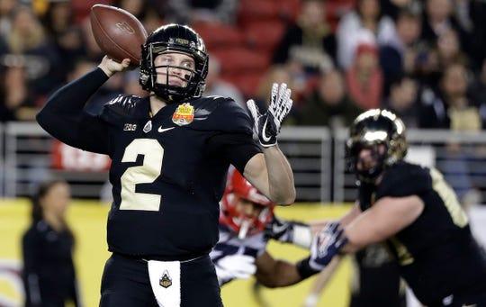 Purdue quarterback Elijah Sindelar throws against Arizona during the 2017 Foster Farms Bowl.