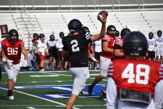 SUU football practices at Dixie High School during it's last scrimmage of the fall.