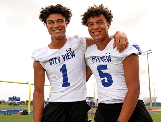 City View brothers Jayln (left) and Isaiah Marks led the Mustangs to the great season in program history.