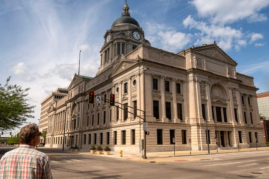 The Allen County Courthouse, in downtown Fort Wayne, is one of the city's top attractions. A National Historic Landmark, the courthouse is a prime example of Beaux Arts architecture. Inside, it boasts elegant murals, striking art glass and meticulously patterned tile floors.
