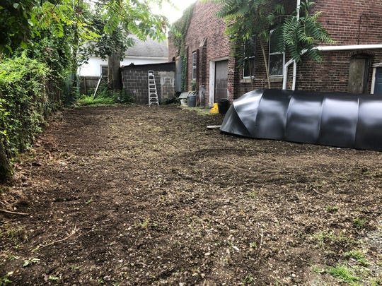 New Lions Roar Brewing Co. will include an outdoor beer garden.