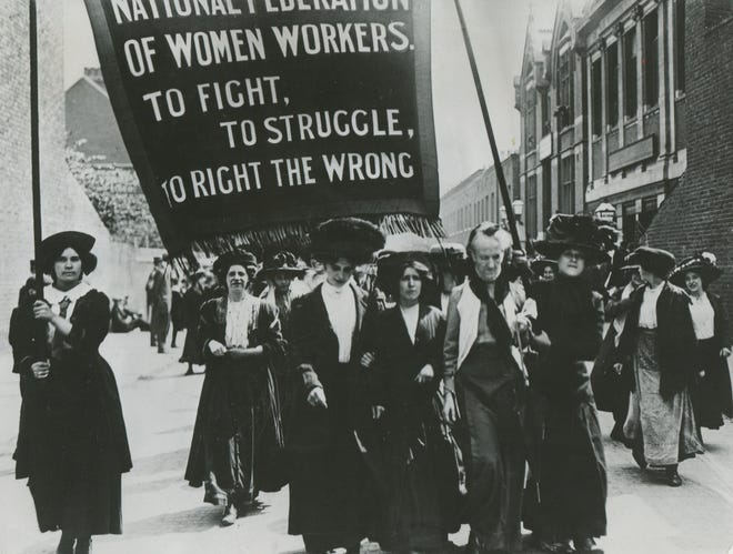 In 1919, after much campaigning, the United States Congress passed an amendment to the Constitutiongivingwomen the right to vote.