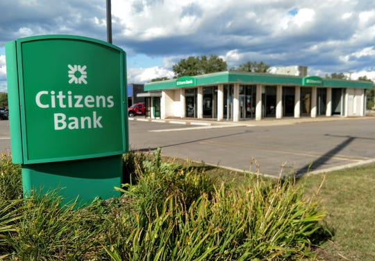The Citizens Bank on Middlebelt between Seven Mile and Eight Mile will close this fall.
