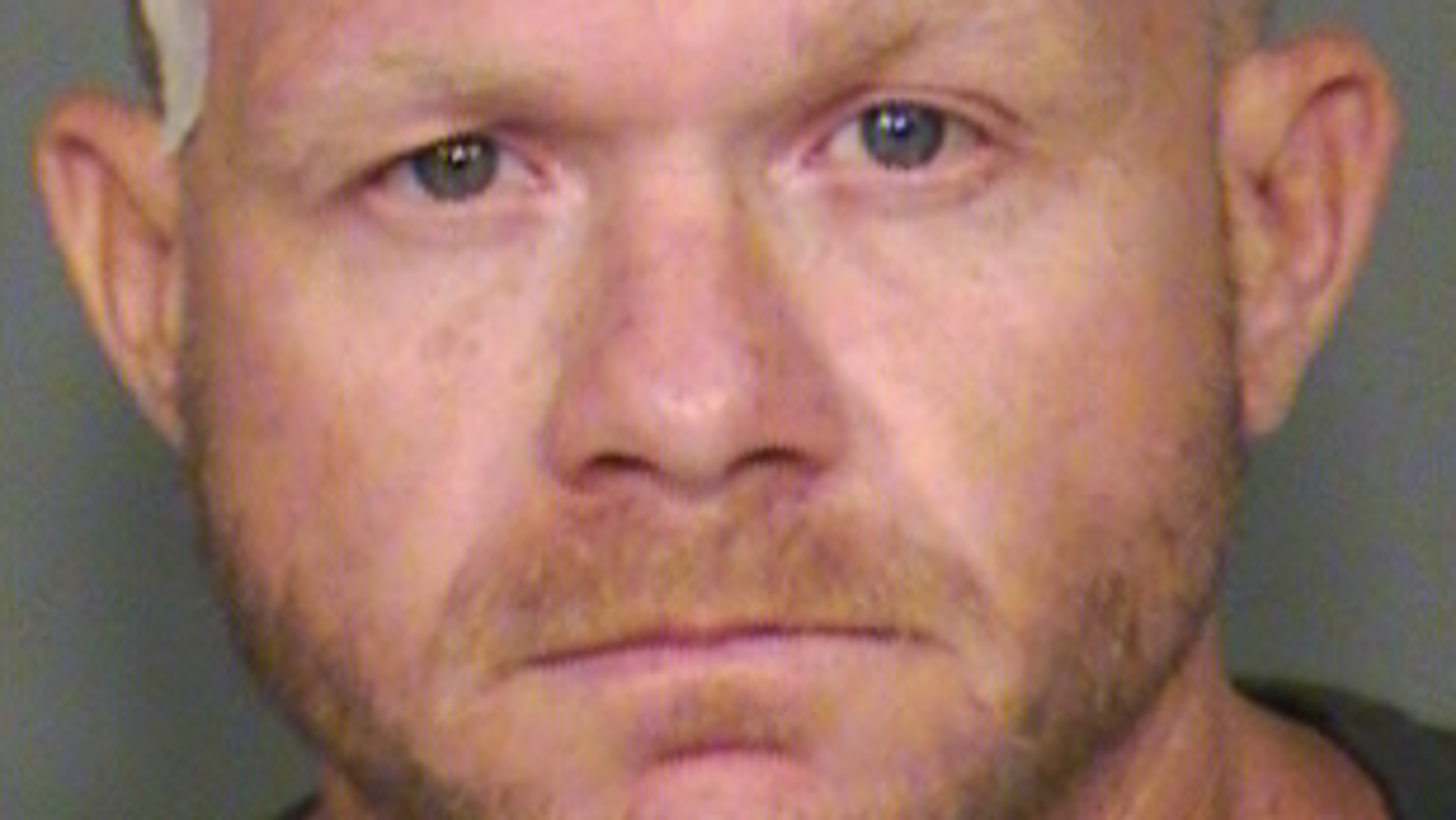 Chandler police arrest Mesa man suspected in home burglary, second suspect sought