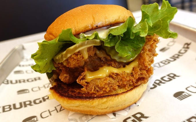 Forget Popeyes  These fried chicken sandwiches in Phoenix