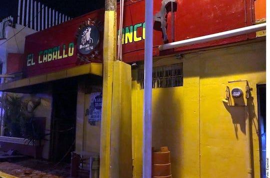 El Gobierno de Veracruz identificó a uno de los presuntos responsables del ataque a un bar en Coatzacoalcos que hasta al momento ha dejado un saldo de 26 muertos.