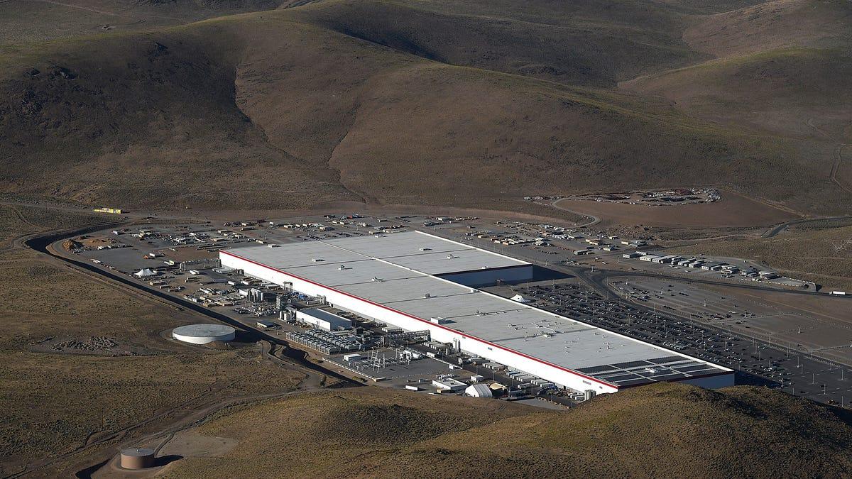 Panasonic Exec Confirms Tesla Gigafactory 1 Expansion And Timeline