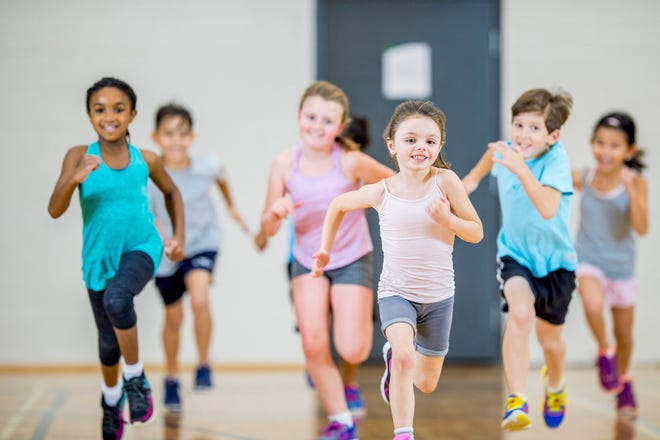 Children can learn to build a foundation of fitness with an autumn walking, running and wellness program sponsored by UHS Stay Healthy Kids.