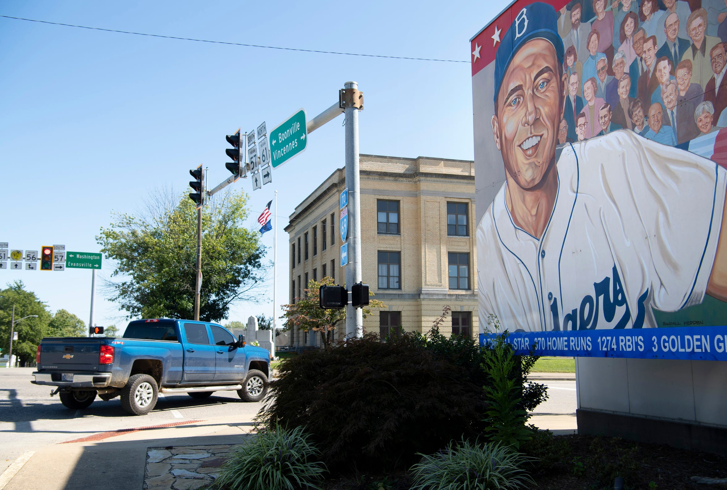 A 52' x 16' mural of Gil Hodges, painted by Randy Hedden, stands at the corner of Hwy 61 and Hwy 57 in Petersburg, Ind., Hodges' hometown. Hodges is portrayed as a player for the Brooklyn Dodgers (part of two World Series winning Dodgers teams – 1955 in Brooklyn and 1959 in Los Angeles) and manager for the New York Mets (captained the Miracle Mets to their first-ever World Series title in 1969).