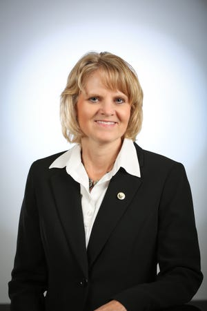 Sheryl L. Van Guensven, UW-Geen Bay vice chancellor for business and finance, will serve as interim chancellor at the university once Chancellor Gary Miller departs on Oct. 1.