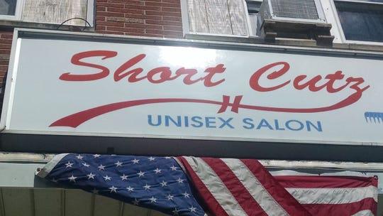 Short Cutz, Elizabeth