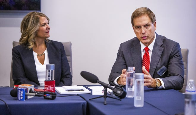 Depcom Power founder Jim Lamon, seen with Arizona Republican Party chairman Kelli Ward in Scottsdale on Aug. 28, 2019, announced his candidacy for Arizona's 2022 Senate race.