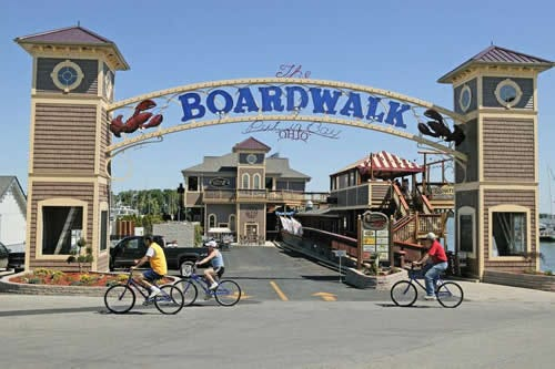 The Boardwalk at Put-in-Bay features restaurants and gift shops.