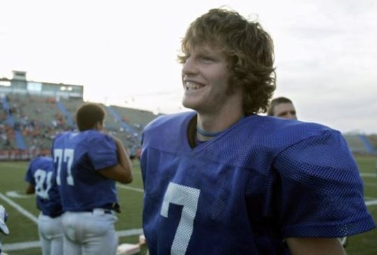 Quarterback John David Baker led Lake View High School to a 6-6 record his senior year in 2008 and the Chiefs reached the second round of the playoffs.
