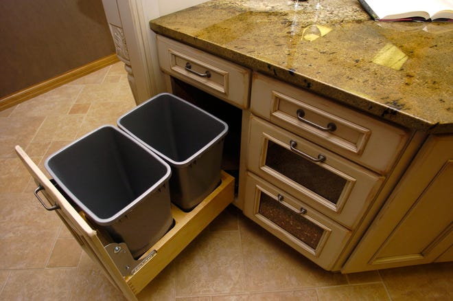 Cabinets made by StarMark Cabinetry.