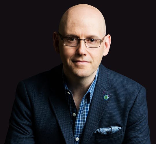 An alumnus of the University of Michigan and Columbia Law School, Brad Meltzer is a New York Times best-selling novelist. He has written across genres and across media. While he's best known for his political thrillers, he's also written comic books and non-fiction. In addition, he's hosted TV shows.