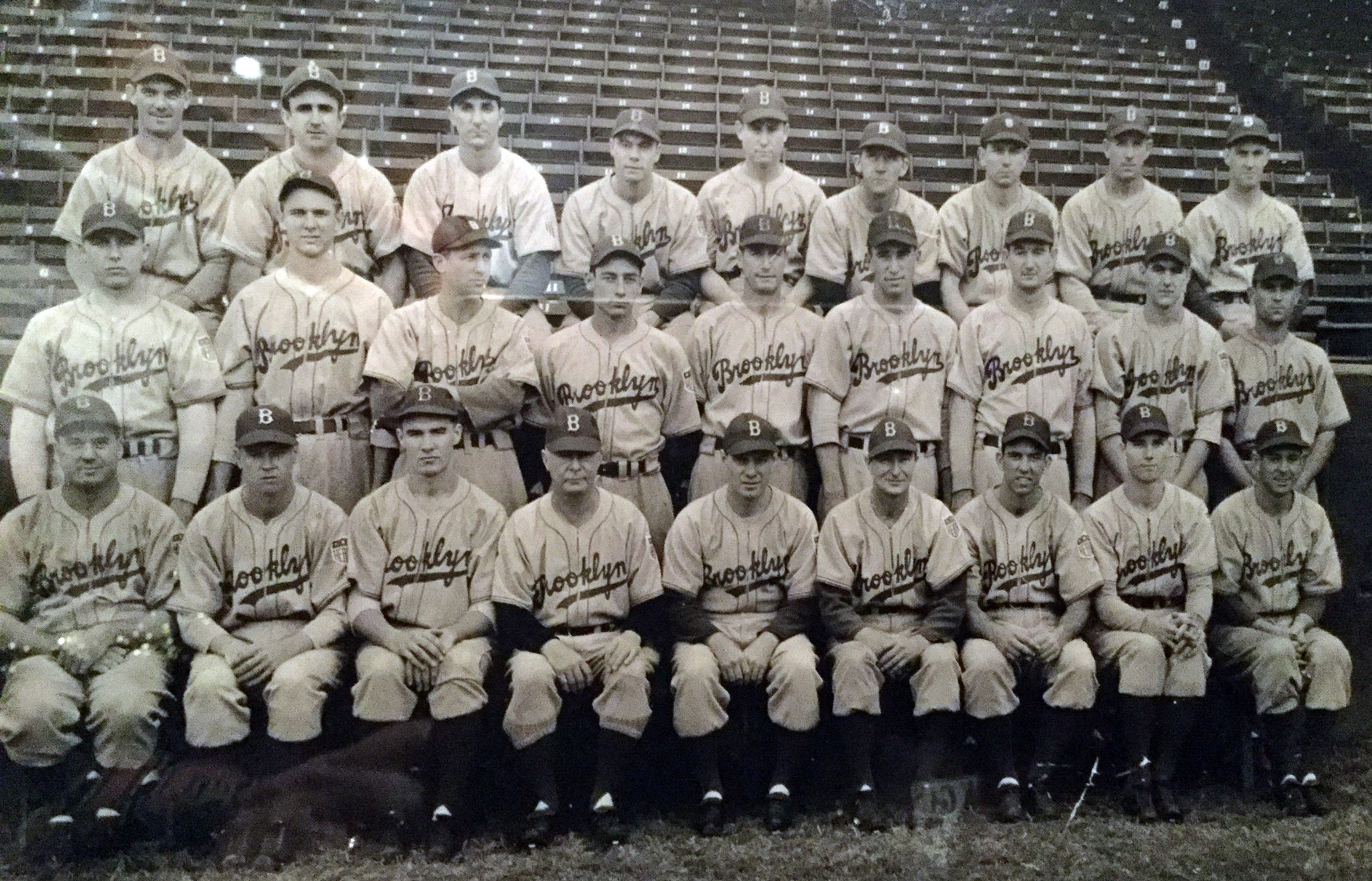 The 1943 Brooklyn Dodgers. Hodges made his big-League debut in the final game of the season, at age 19, before joining the Marines.