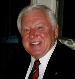 Former Delafield mayor Robert Savrnoch died Aug. 19. He was 86.