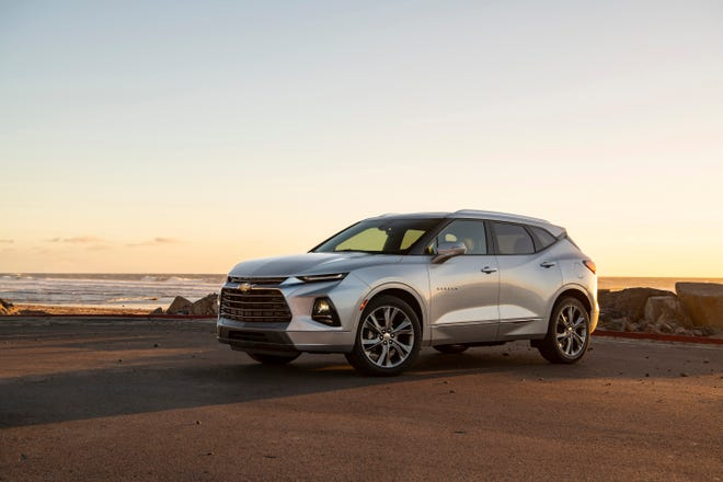 Power is delivered to the Chevy Blazer by a 308-horsepower, 3.6-liter V6 engine that delivers 270 pound-feet of torque, enough to propel it to 60 miles an hour in less than seven seconds. The juice gets to the front or all four wheels through the easy-shifting nine-speed automatic transmission.