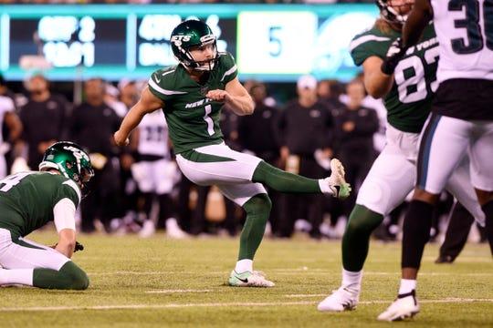 New York Jets vs. Philadelphia Eagles at MetLife Stadium in East Rutherford on Thursday, August 29, 2019. Jets #1 Taylor Bertolet kicks for a field goal.