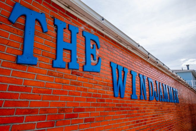 "The Windjammer in Lexington announced it would be closed for the ""foreseeable future"" on Jan. 17, 2020."