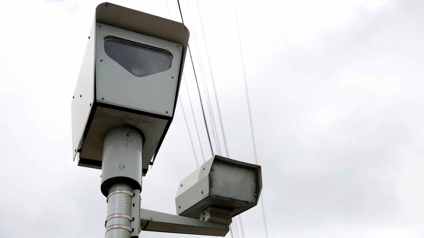 Fort Myers City Council wants more data before moving forward with red light cameras