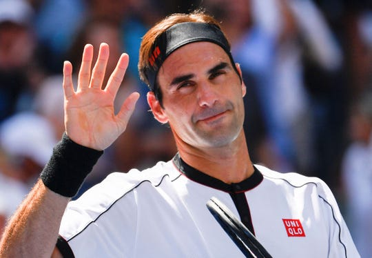 Roger Federer beat Daniel Evans in three sets Friday during the third round of the U.S. Open.