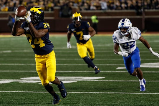 Michigan cornerback Lavert Hill drops an interception against Middle Tennessee State during the second half at Michigan Stadium in Ann Arbor, Saturday, August 31, 2019.