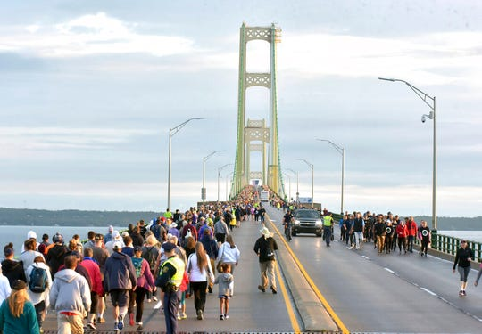 For the second year, the bridge was shut down from 6:30 am until noon for security purposes, allowing walkers to turn around at the center span or walk the entire bridge both ways.