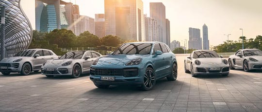 Porsche is expanding its app-based subscription service to four new cities in the U.S. and Canada, deepening its experiment in flexible car ownership even as other automakers back away.