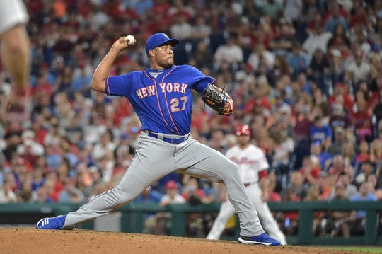 New York Mets relief pitcher Jeurys Familia (27) pitches during the eighth inning of the game against the Philadelphia Phillies at Citizens Bank Park.